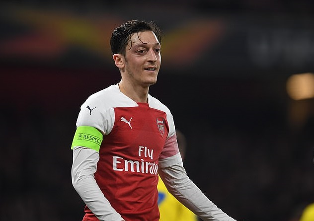 Arsenal star calls on Unai Emery to play