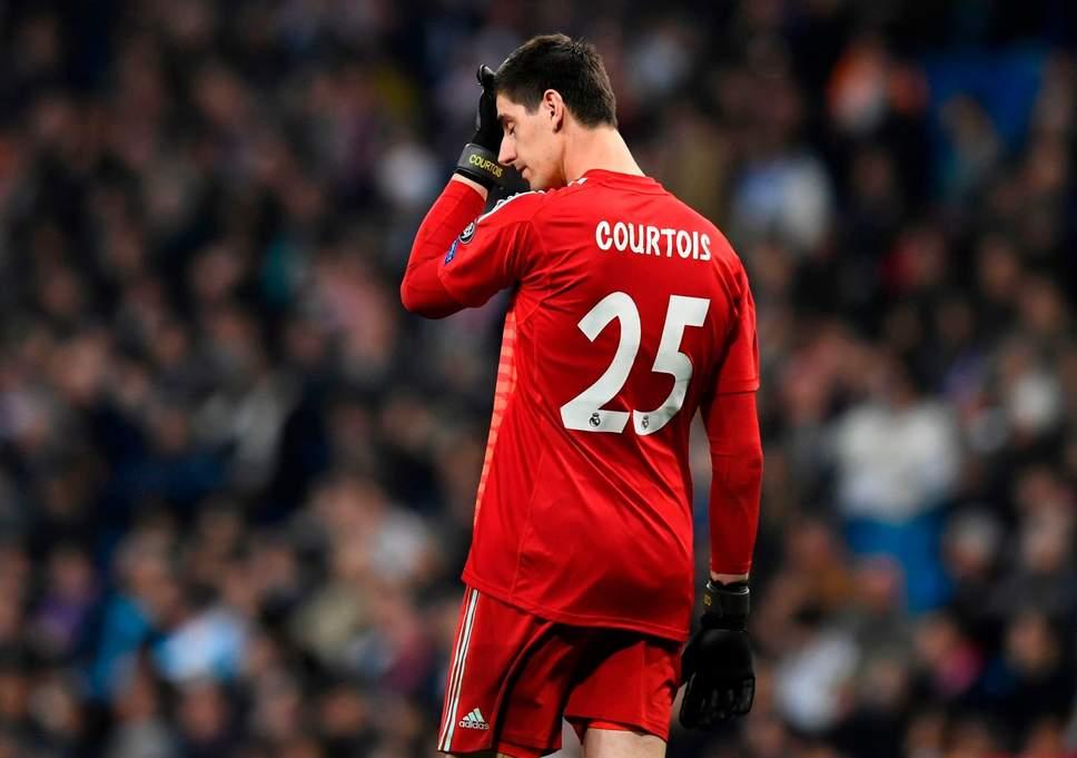 Zinedine Zidane 'warns Thibaut Courtois over poor form' - Bóng Đá