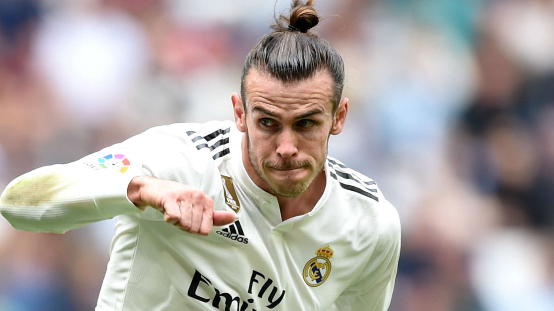 Zinedine Zidane opens door for Manchester United and Chelsea to sign Real Madrid ace Gareth Bale - Bóng Đá