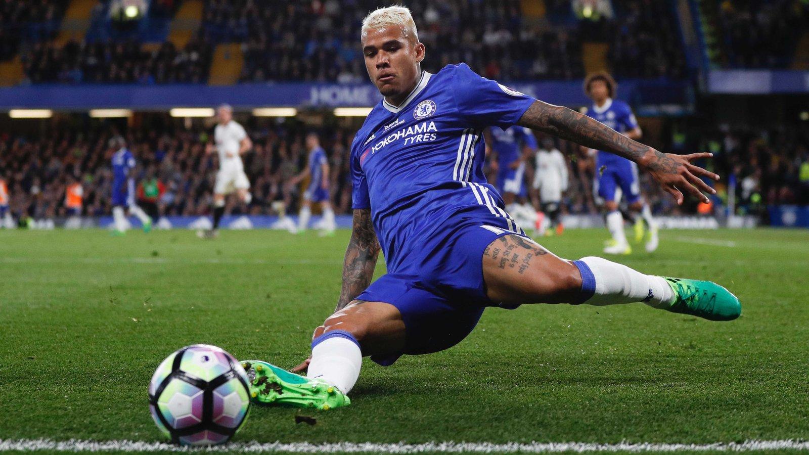 Chelsea bán Kenedy 30 triệu bảng - Bóng Đá