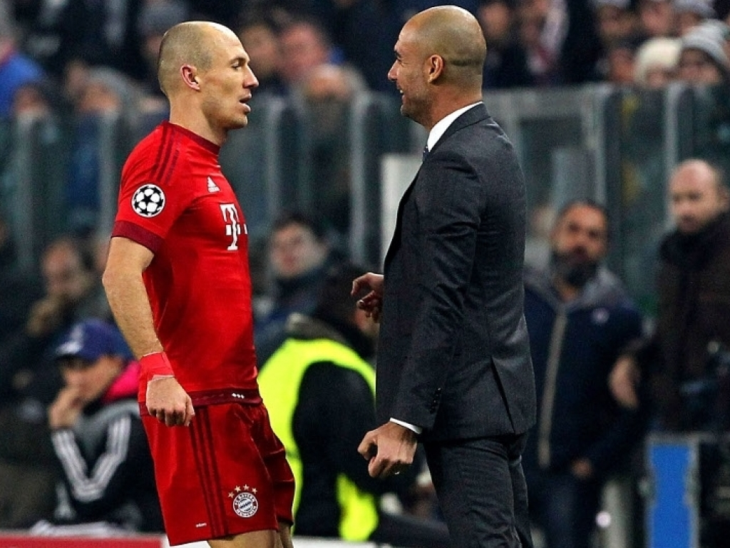 'Guardiola is football crazy in a good way' - Robben relished Bayern spell with 'brilliant' boss - Bóng Đá