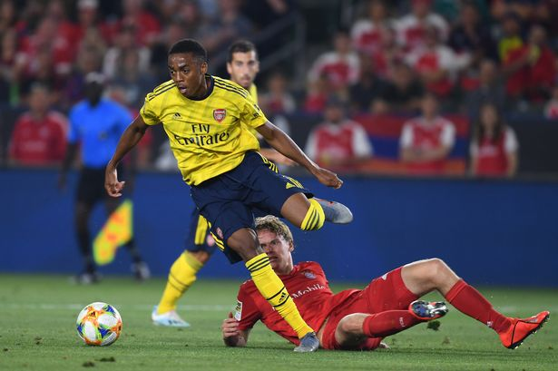 'Joe Willock is the closest thing there is to Andres Iniesta' – Arsenal fans were very impressed with youngster's display against Bayern Munich - Bóng Đá