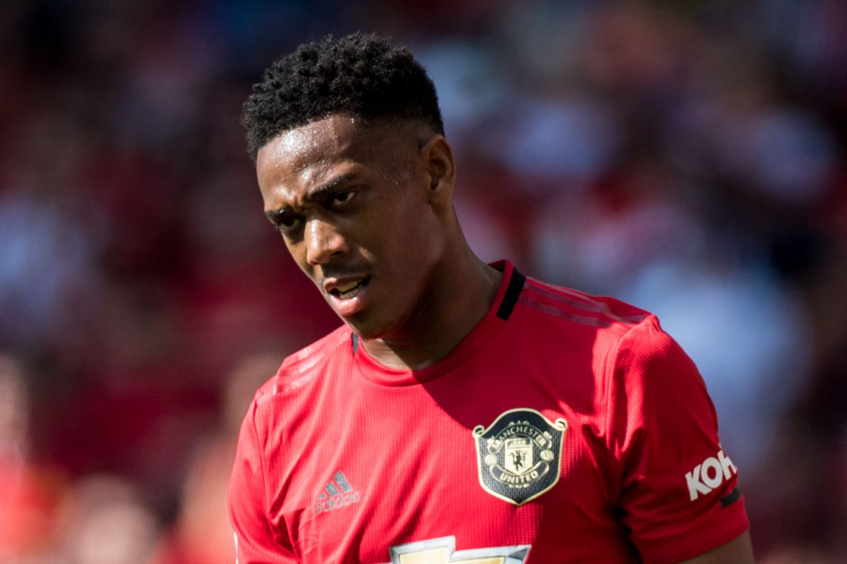 Fan Man Utd phẫn nộ vì