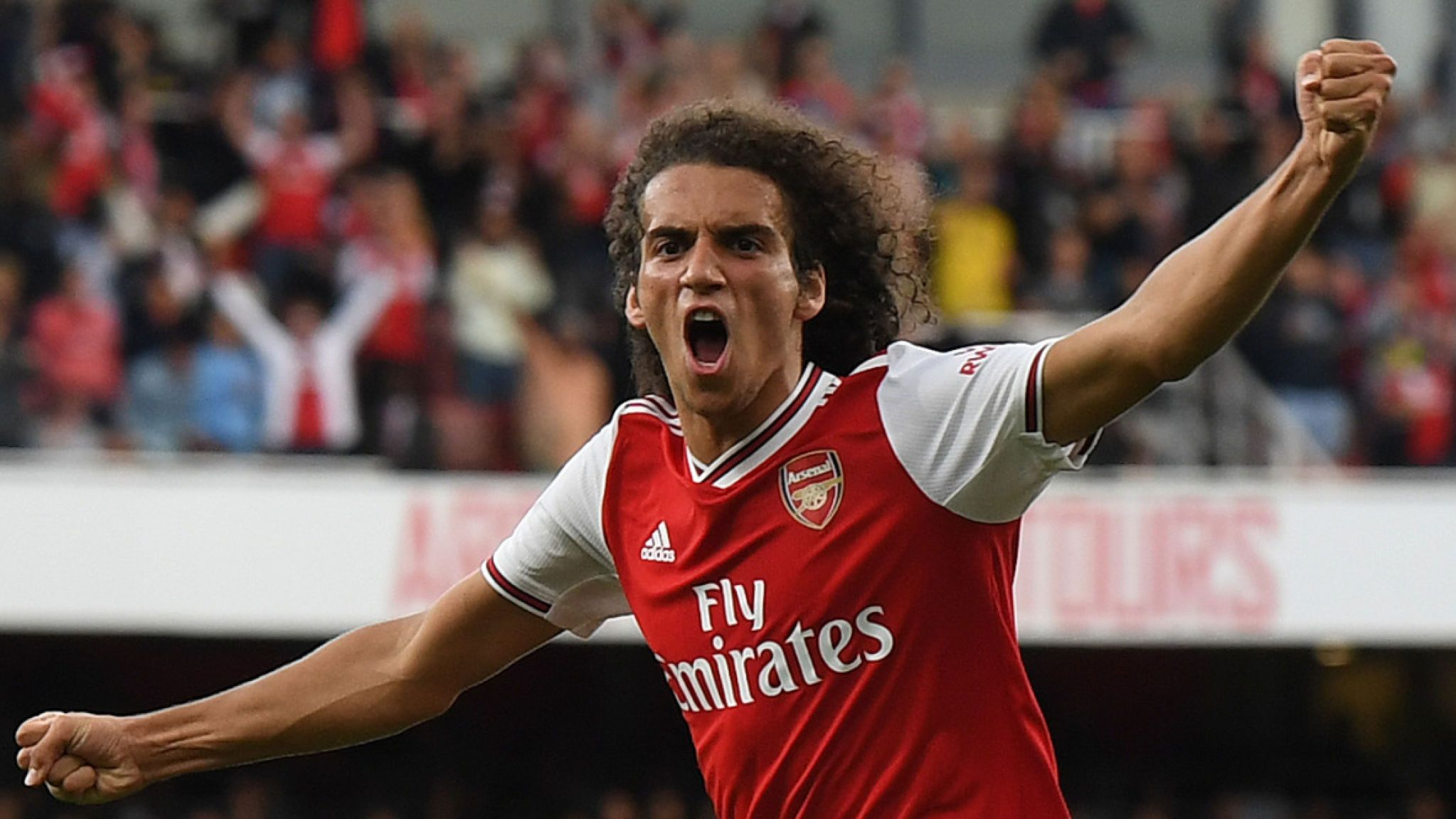 'Bowing down to the new king' - Arsenal fans notice what Olivier Giroud did to Matteo Guendouzi - Bóng Đá