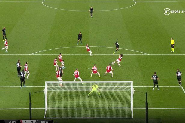 John Hartson slams Mesut Ozil for role in Eintracht Frankfurt winner against Arsenal - Bóng Đá