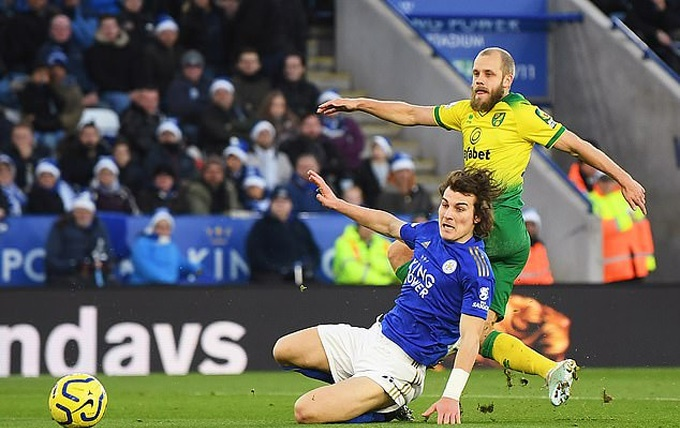 Teemu Pukki played the second half on Saturday with a broken toe - Bóng Đá