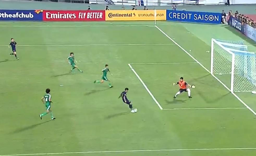Chủ lực của U23 Thái Lan bỏ lỡ cơ hội ăn bàn một cách khó tin - Bóng Đá