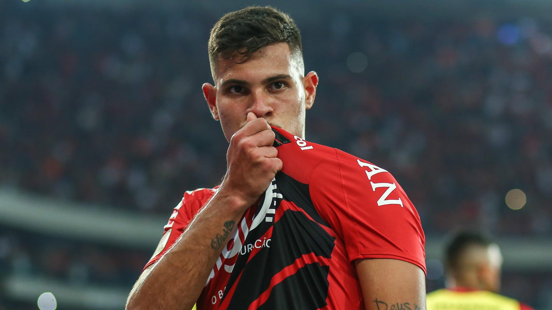 Bruno Guimaraes to Arsenal: Edu in talks over £25.7m transfer, player responds to Benfica - Bóng Đá