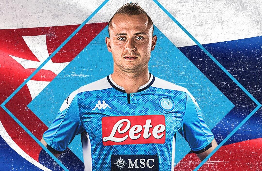 CHÍNH THỨC: Napoli ký hợp đồng với Stanislav Lobotka - Bóng Đá