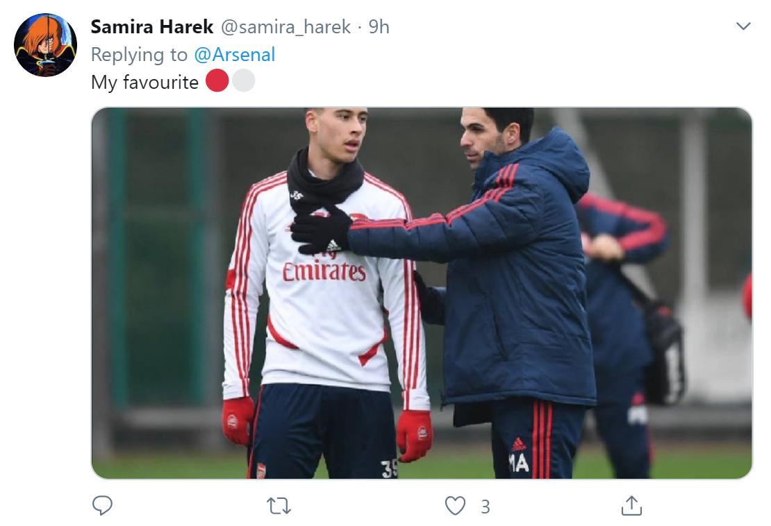 Fan Arsenal thể hiện tình cảm với các cầu thủ trước trận gặp Bournemouth - Bóng Đá