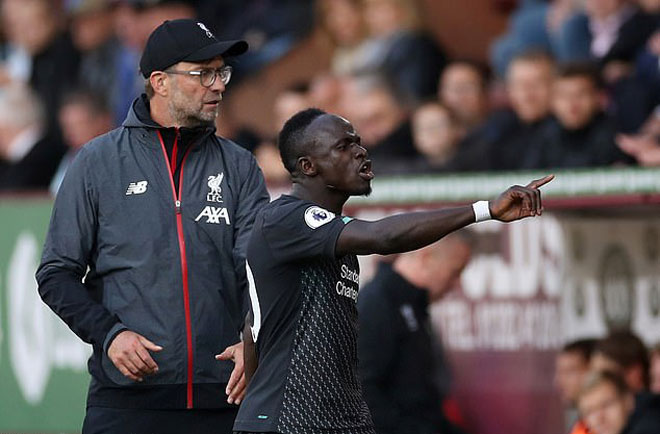 Klopp admits Mane was 'surprised' at half-time substitution against Atletico Madrid... but maintains Liverpool star 'didn't have a chance' of avoiding a red card - Bóng Đá