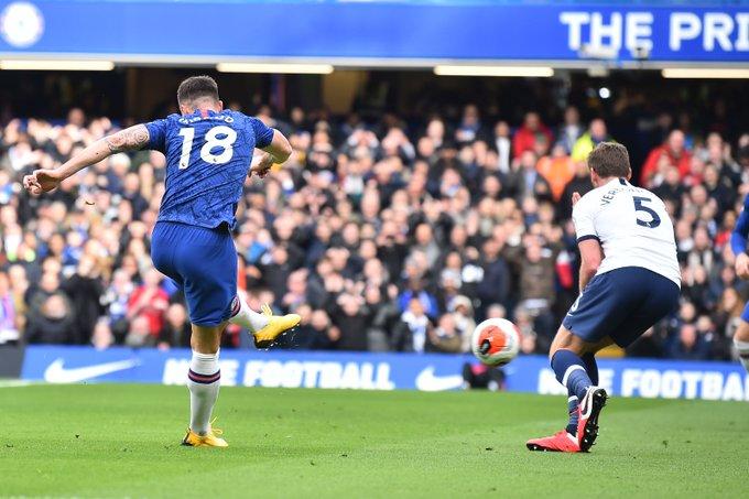 Olivier Giroud's opener against Tottenham is his first Premier League goal in 325 days - Bóng Đá