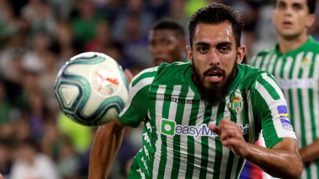 'I'm only thinking about beating them': Betis striker Borja Iglesias heats things up ahead of Real Madrid challenge - Bóng Đá
