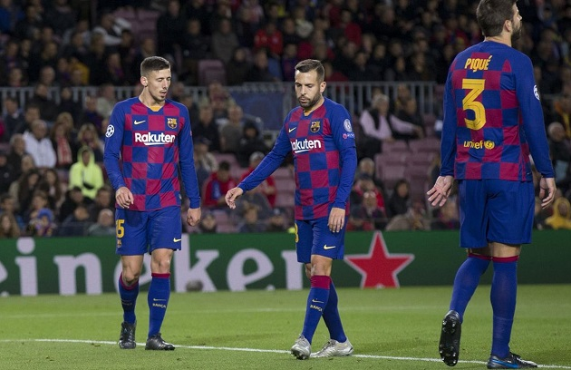 Why Barca need to cut salaries by 70%: 1-minute explainer - Bóng Đá