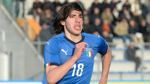Barcelona reportedly label signing of 'new Andrea Pirlo' Sandro Tonali as 'unfeasible' - Bóng Đá