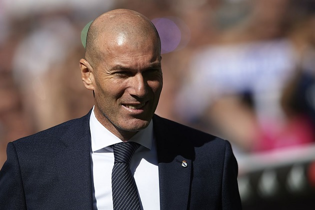 Zinedine Zidane reportedly breaks quarantine rules in Spain, faces fine of €1,500 - Bóng Đá