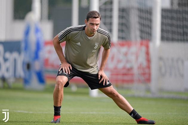Barca và PSG dẫn đầu vụ De Sciglio - Bóng Đá