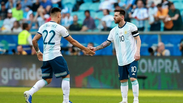 Former Argentine defender Roberto Ayala: 'Messi and Lautaro playing together can be an advantage for Argentina' - Bóng Đá