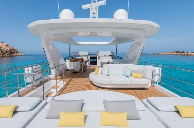 Bên trong du thuyền siêu sang Azimut Grande của Cristiano Ronaldo - Bóng Đá