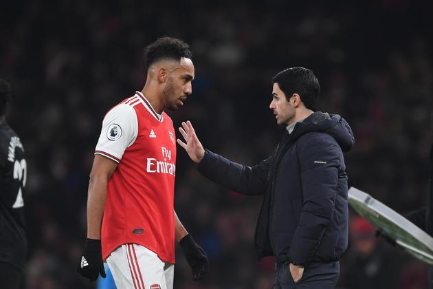 Aubameyang wins Arsenal Player of the Season award - Bóng Đá