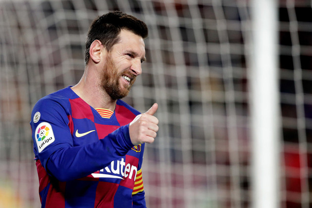Messi finally returns to group training after picking up knock vs Napoli - Bóng Đá