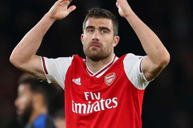 Sokratis' squad omission has largely gone unnoticed - yet it is in a way more brutal than Ozil's - Bóng Đá