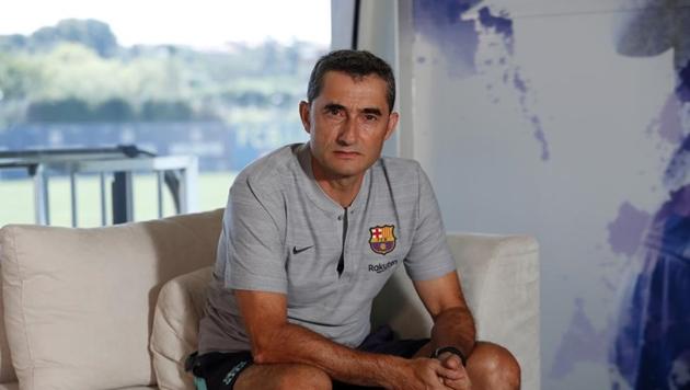 Valverde gia hạn hợp đồng - Bóng Đá