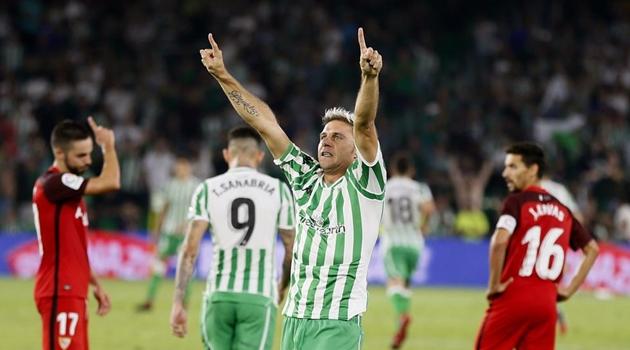 Lão tướng Beltis ghi bàn, lập kỷ lục vượt xa Ramos và Messi - Bóng Đá