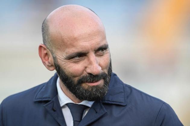 SỐC: Barca dự định chiêu mộ người từng kiện họ (GĐ Monchi) - Bóng Đá