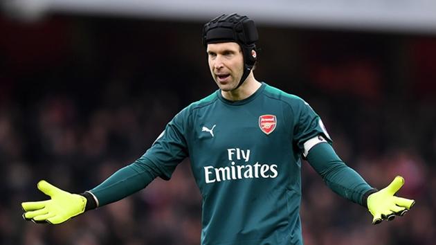 Thắng nhọc, fan Arsenal dồn mọi tội lỗi lên cái tên này - Bóng Đá