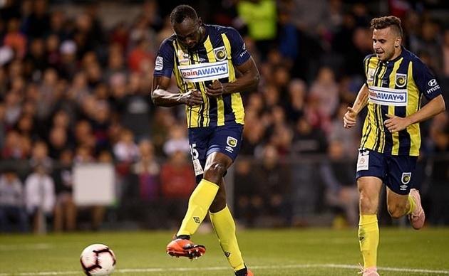 Tiết lộ: CLB châu Âu chào mời Usain Bolt đến thi đấu - Bóng Đá