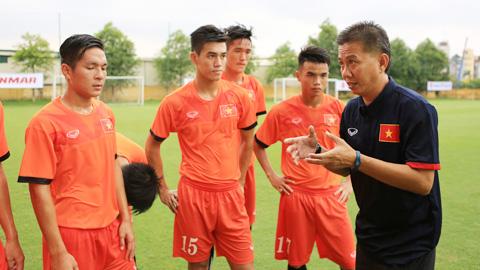 Thất bại 0-2 trước Thái Lan sẽ bài học bổ ích cho thầy trò HLV Hoàng Anh Tuấn. Ảnh: Internet.