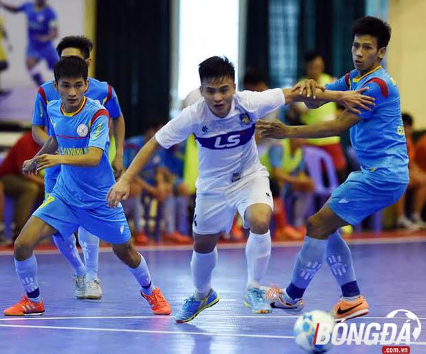 Những cuộc đối đầu giữa Thái Sơn Nam và Sanna Khánh Hòa ở làng futsal Việt Nam luôn rất hấp dẫn và kịch tính. Ảnh: Quang Thắng.