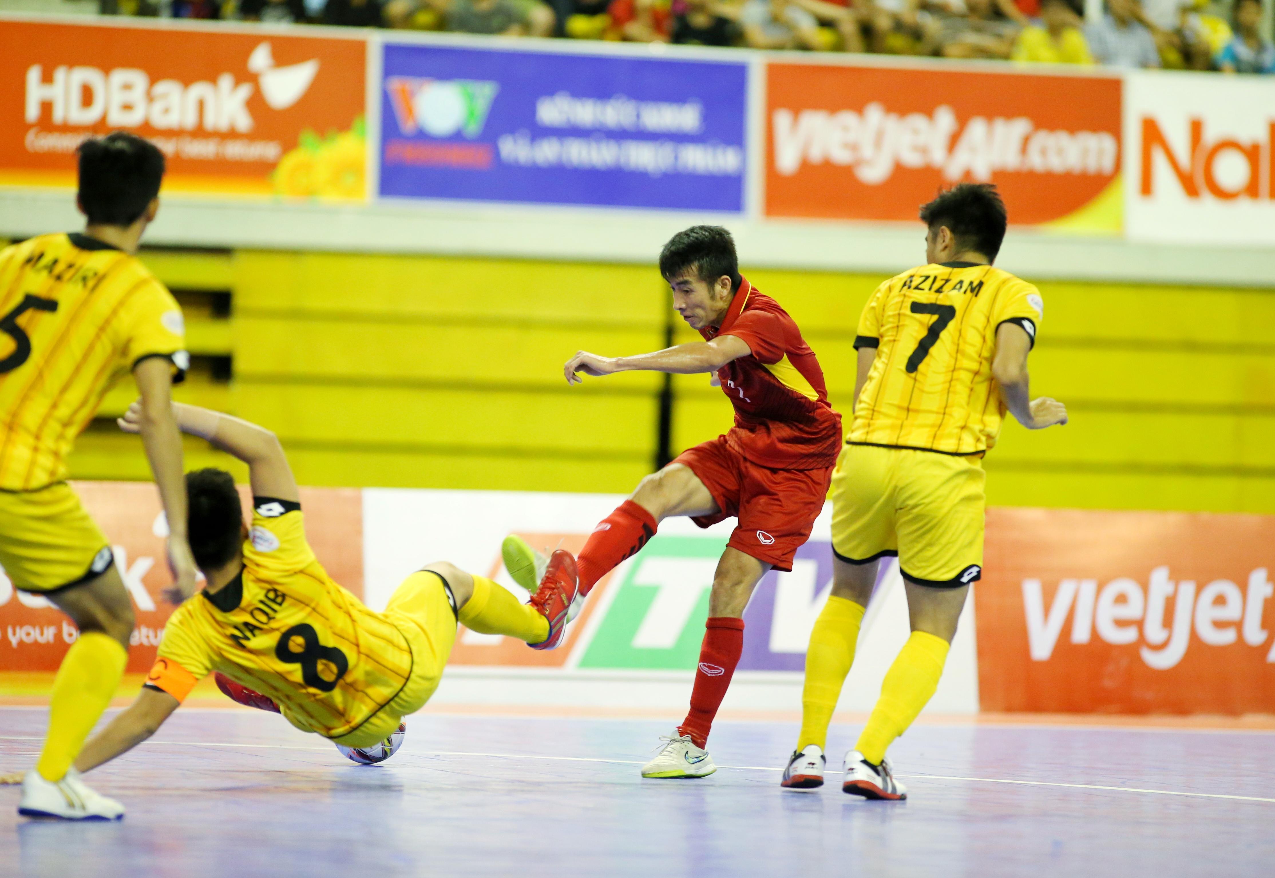 Bắn hạ Brunei 18-8, futsal Việt Nam giành vé vào VCK châu Á  - Bóng Đá