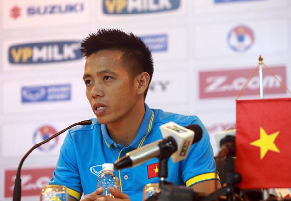 Đội trưởng Văn Quyết lần đầu nói về tài năng của HLV Park Hang-seo - Bóng Đá