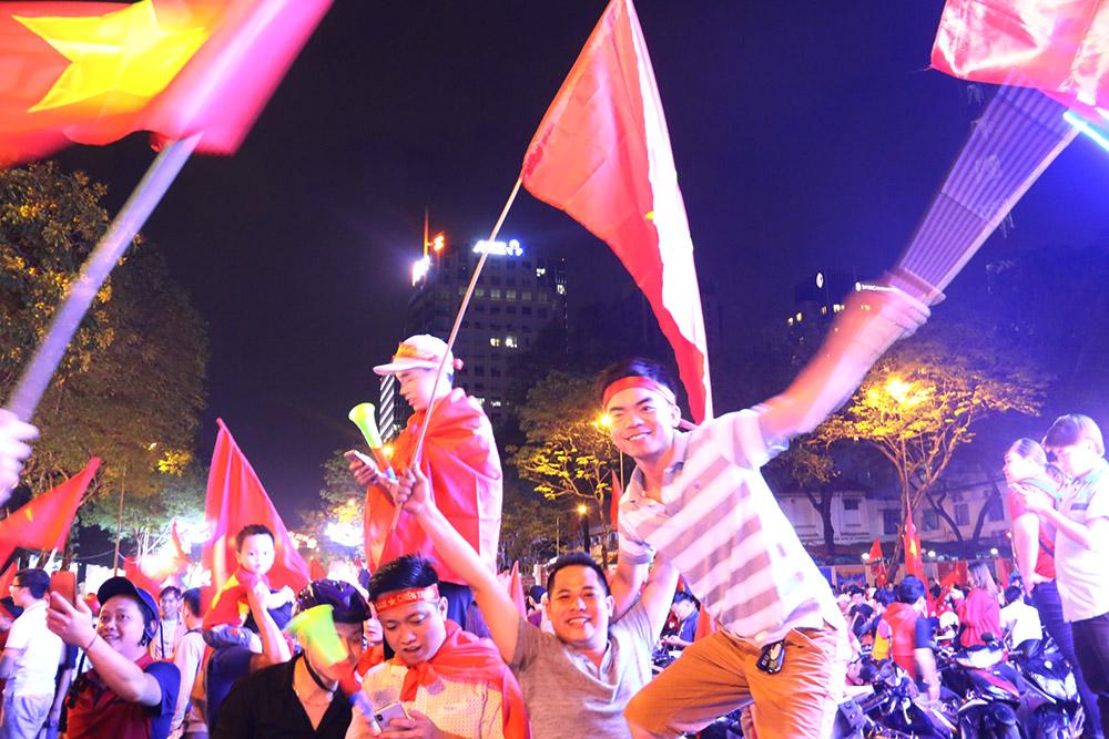 U23 Việt Nam gục ngã trước thiên đường nhưng họ đã VÔ ĐỊCH trong lòng người hâm mộ - Bóng Đá