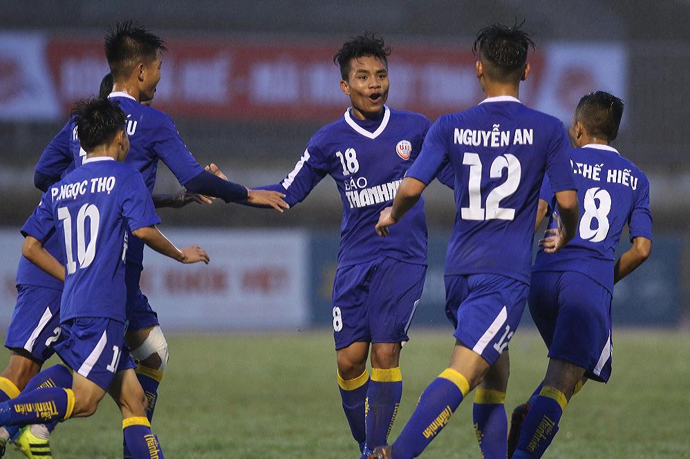 VCK U19 Quốc gia 2018: Cơn mưa bàn thắng trên sân Tự Do - Bóng Đá