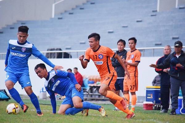Tuyển thủ Quốc gia đá hỏng phạt đền, Than Quảng Ninh nghẹt thở giành 3 điểm - Bóng Đá