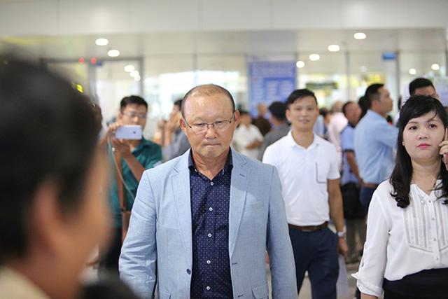 Điểm tin bóng đá Việt Nam tối 17/04: Xuân Trường – Văn Đức ghi điểm với thầy Park - Bóng Đá