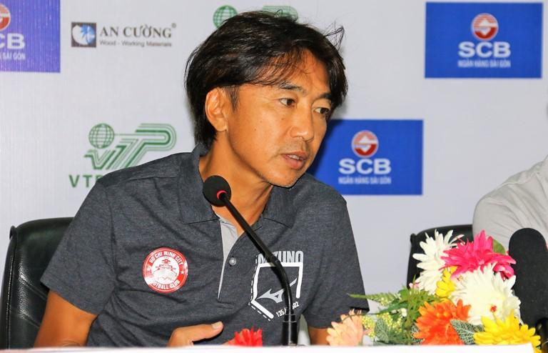 """HLV Miura: """"Công Vinh từ chức không ảnh hưởng đến đội bóng"""" - Bóng Đá"""