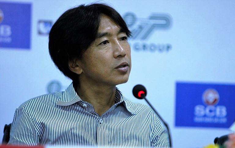 """HLV Nguyễn Hữu Thắng """"kết duyên"""" với CLB TP.HCM? - Bóng Đá"""