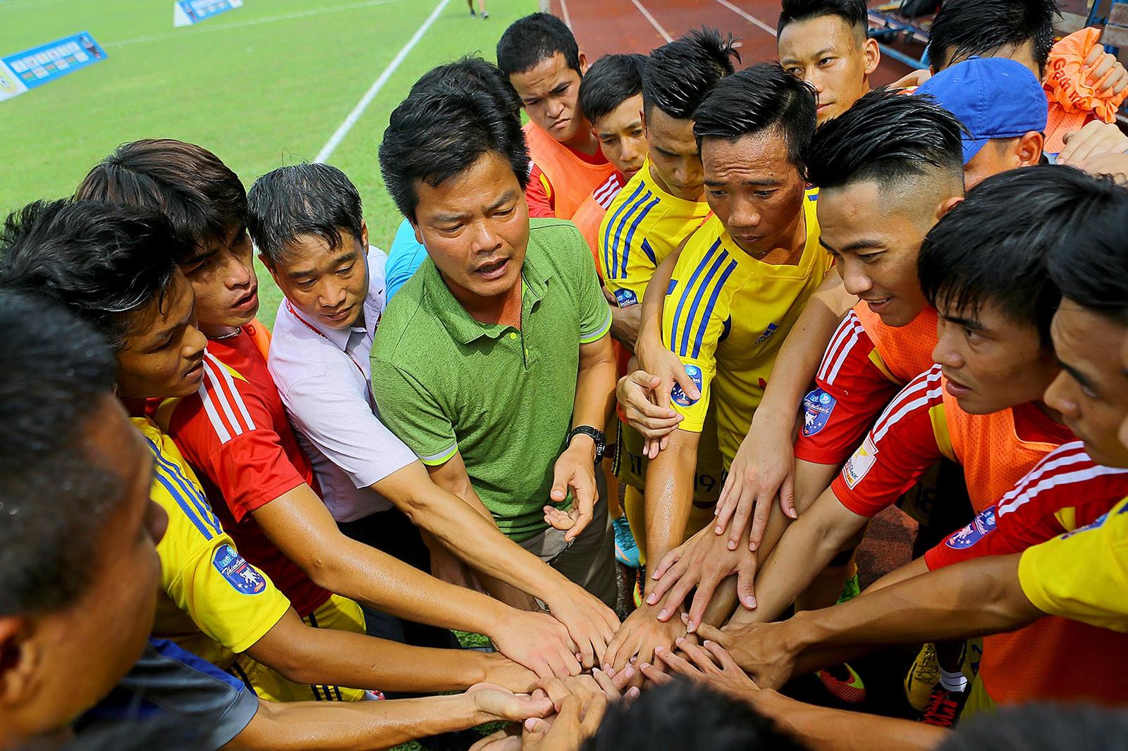 Điểm tin bóng đá Việt Nam sáng 24/05: Rò rỉ thông tin đội bóng HLV Miura giải thể - Bóng Đá