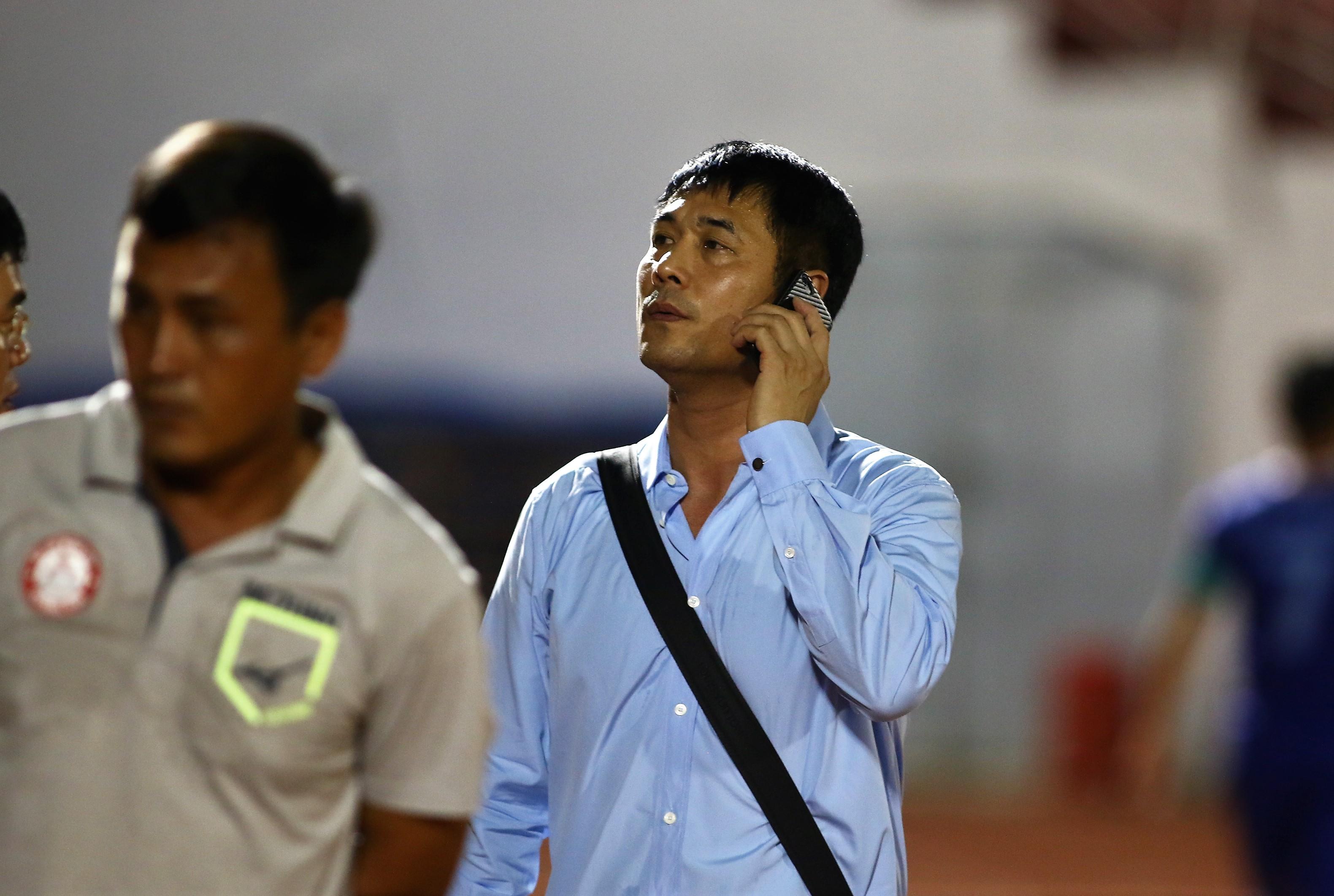 Hữu Thắng ra mắt ghế Chủ tịch trên sân Thống Nhất, TP.HCM