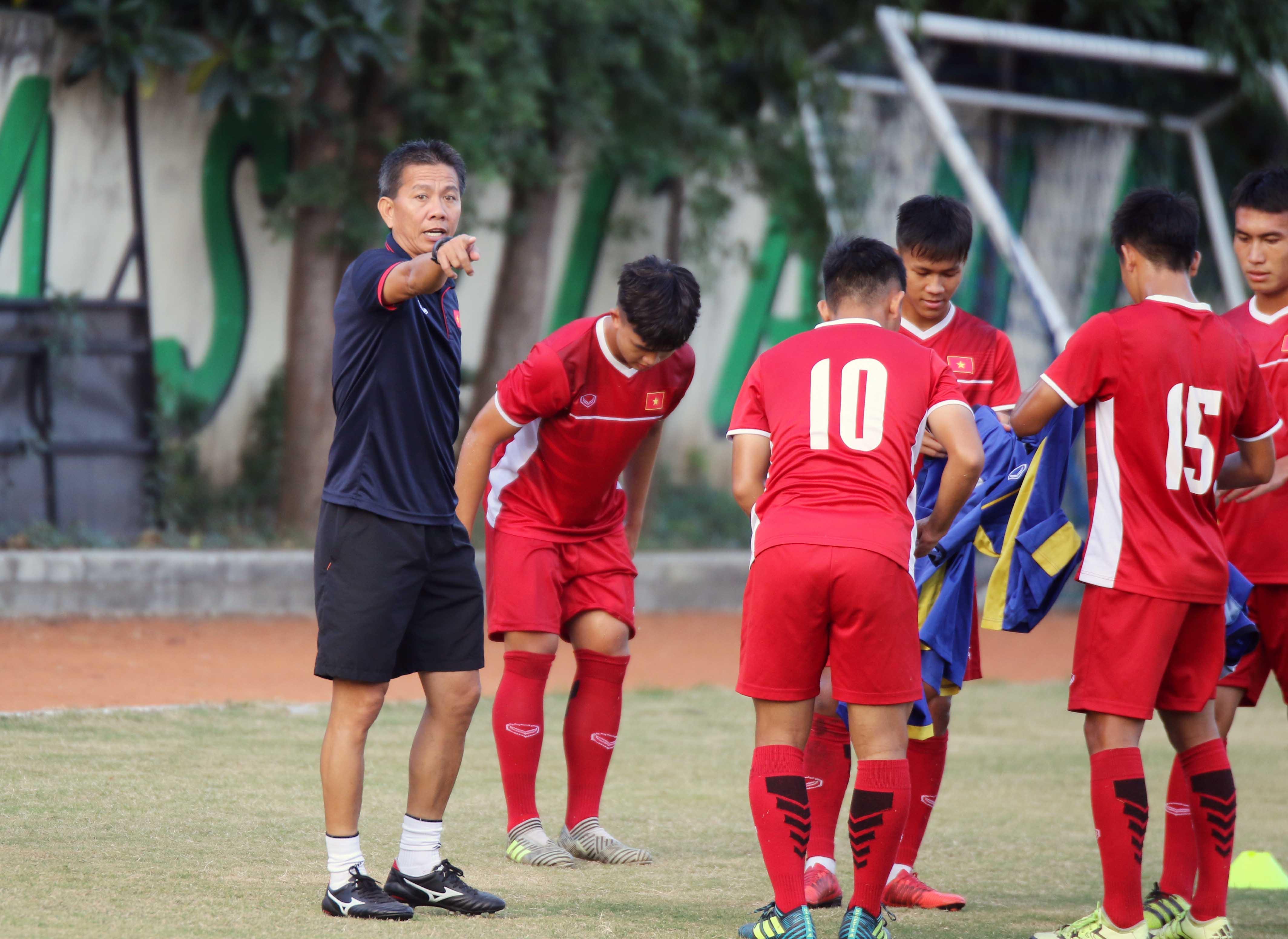 15h30 ngày 05/07, U19 Việt Nam vs U19 Lào: Chờ đợi cơn mưa bàn thắng - Bóng Đá