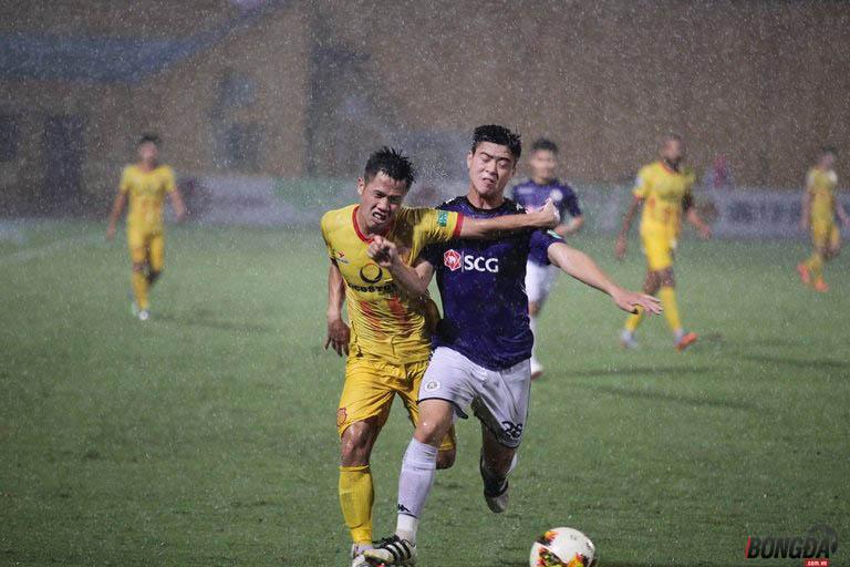Dư âm vòng 19 V-League 2018: TP.HCM thấy cửa sống, Hà Nội và Thanh Hóa bị cầm chân - Bóng Đá