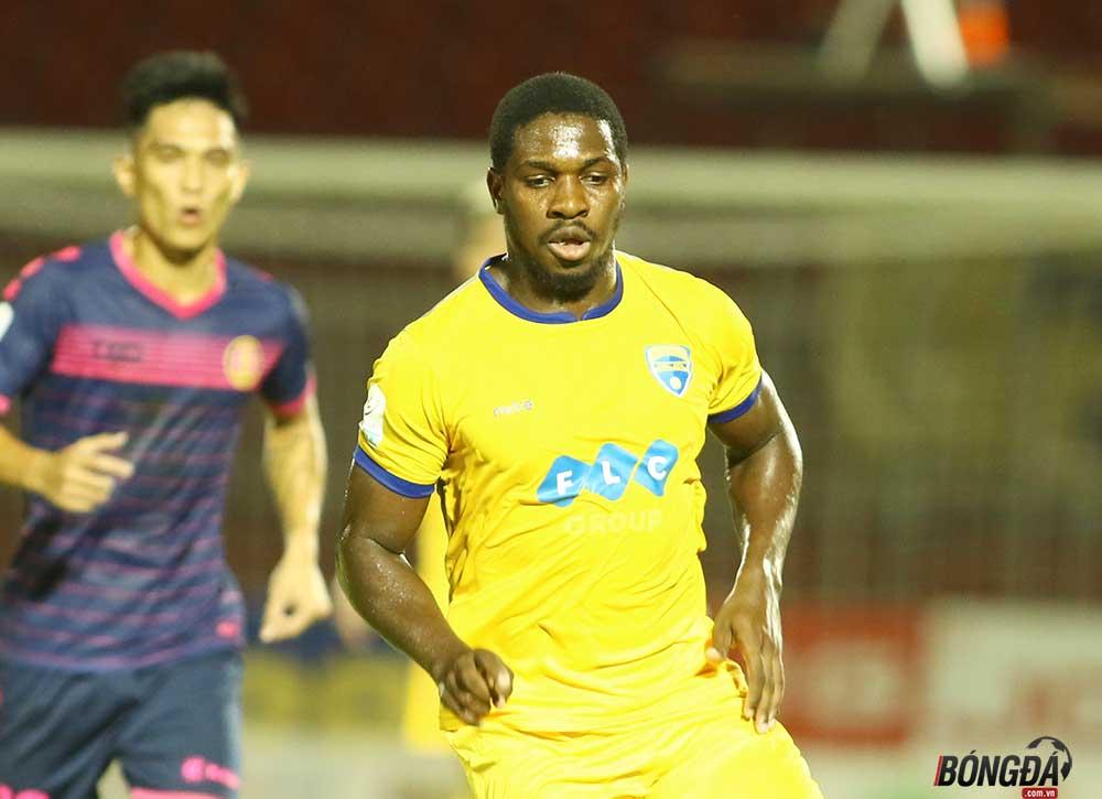 TRỰC TIẾP FLC Thanh Hóa vs Hà Nội FC 2-1; (H2) Đội khách dâng cao tìm kiếm bàn gỡ - Bóng Đá