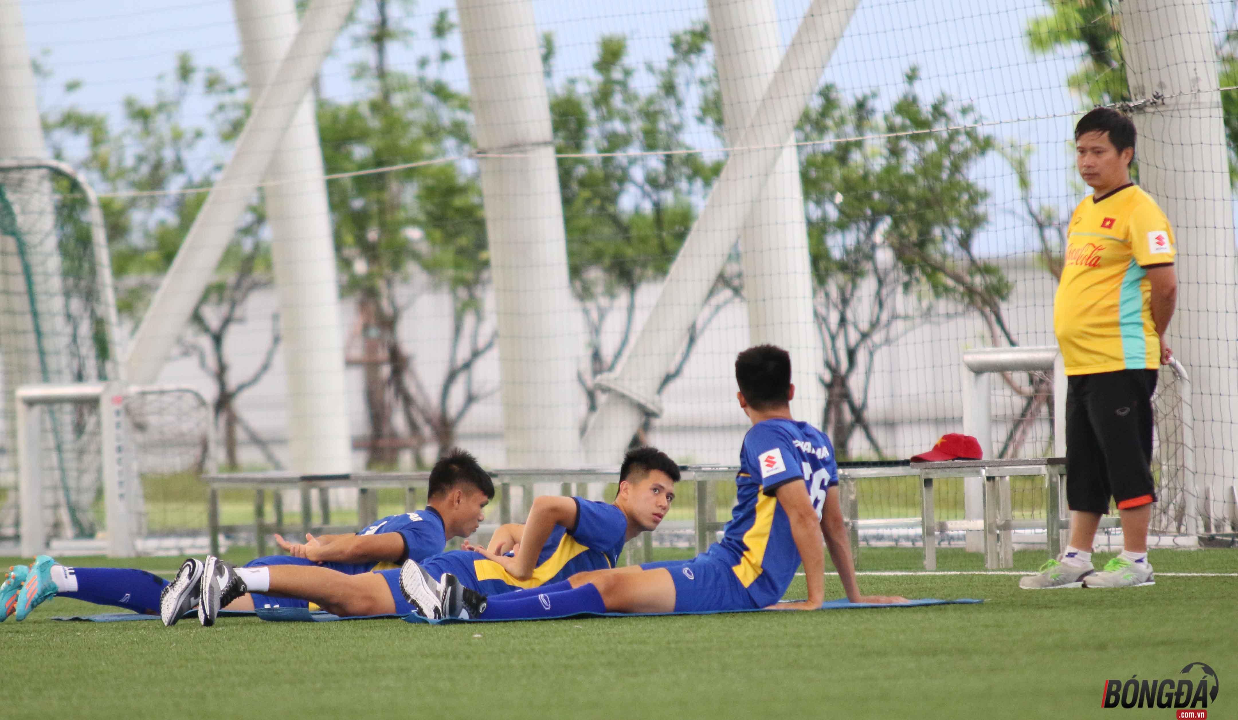Điểm tin bóng đá Việt Nam sang 28/07: Cầu thủ U23 Việt Nam phải nhập viện - Bóng Đá