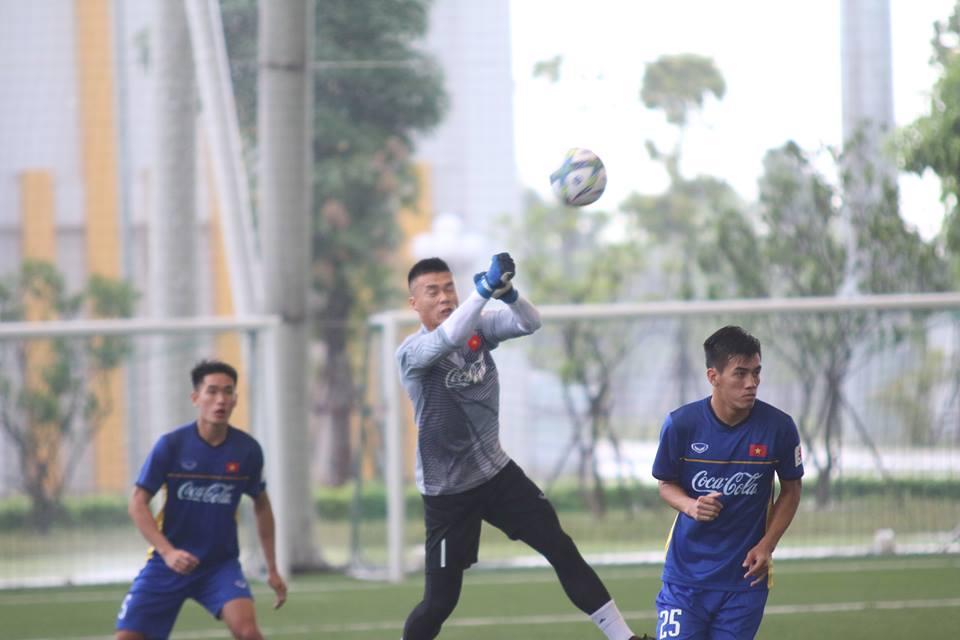 TRỰC TIẾPU23 Việt Nam vs U23 Oman: Tiến Dũng bắt chính - Bóng Đá
