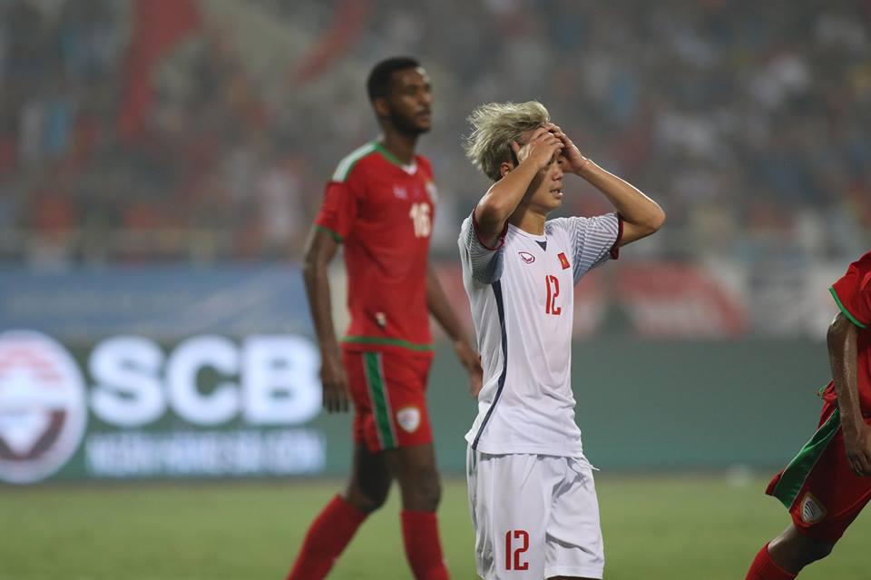 TRỰC TIẾP U23 Việt Nam 0-0 U23 Oman (H2): Văn Toàn đánh đầu dội xà ngang - Bóng Đá