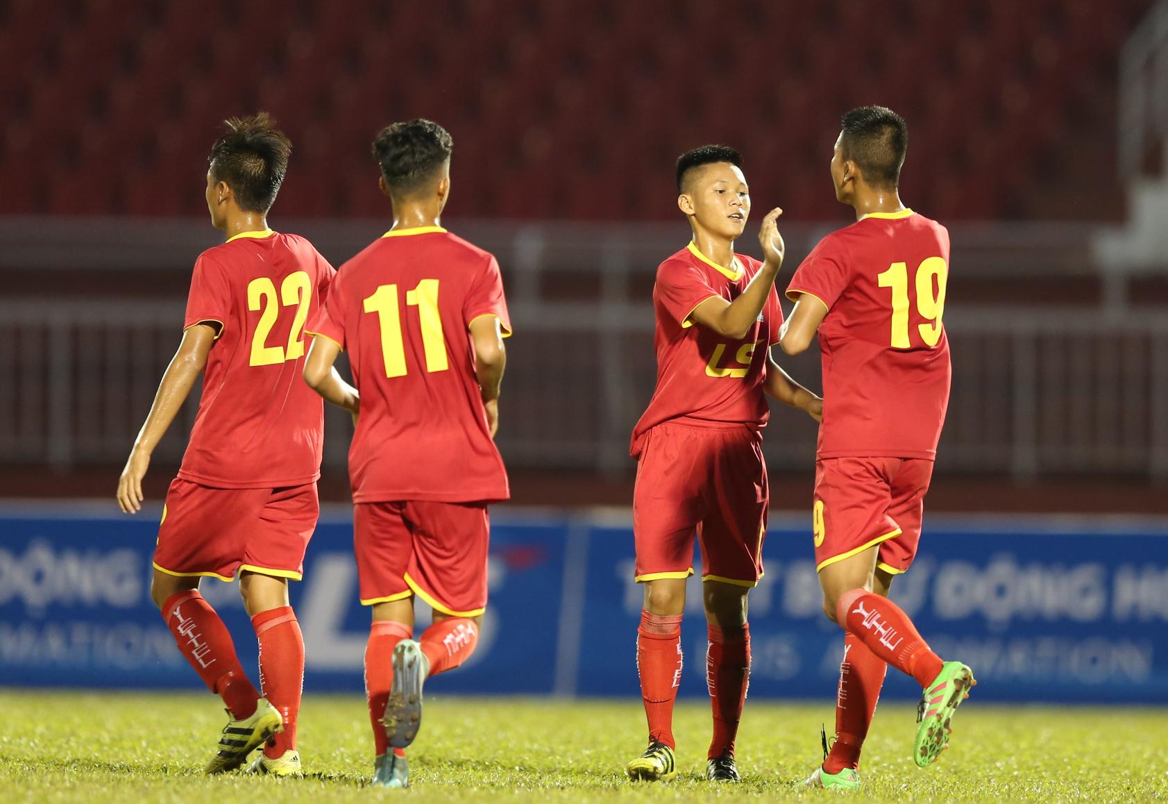 Bảng B VCK U15 Quốc gia 2018: Sanna Khánh Hòa, Viettel vào bán kết - Bóng Đá